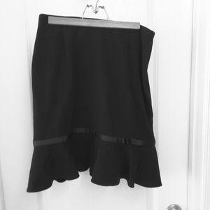 Black skirt size 8